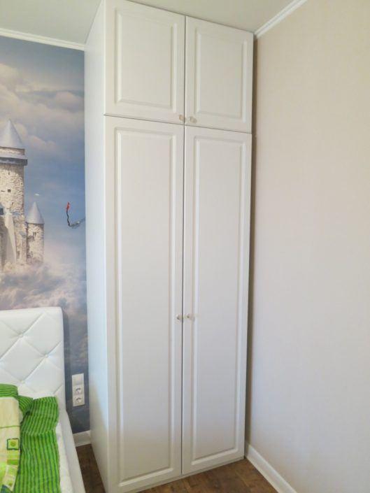 Дерев'яна шафа-пенал: ціни, фото, Львів