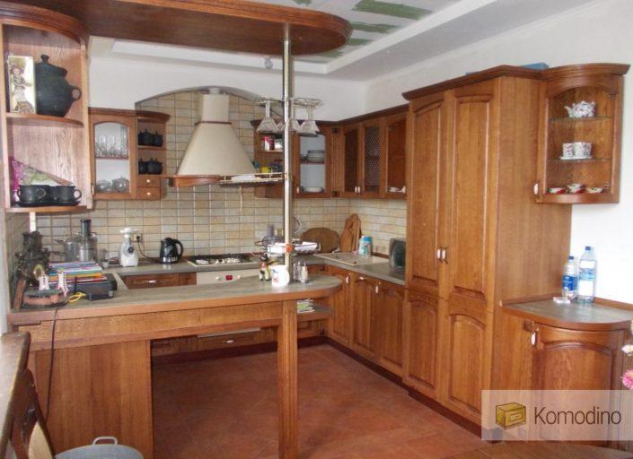 Кухня з дерева на замовлення