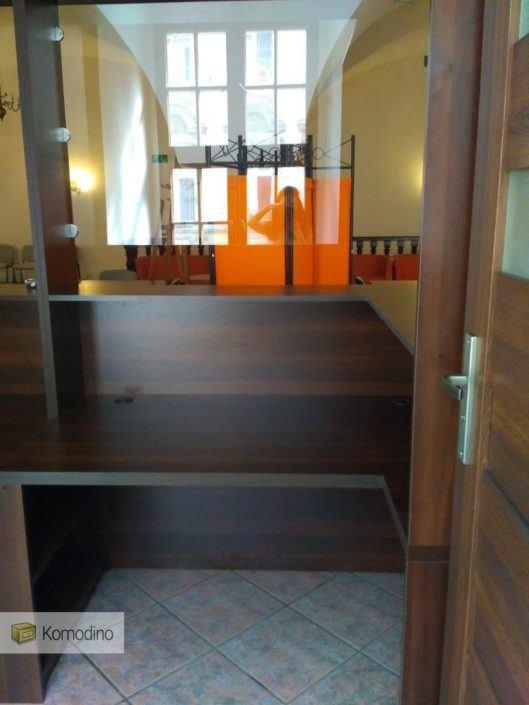Офісні меблі на замовлення Львів