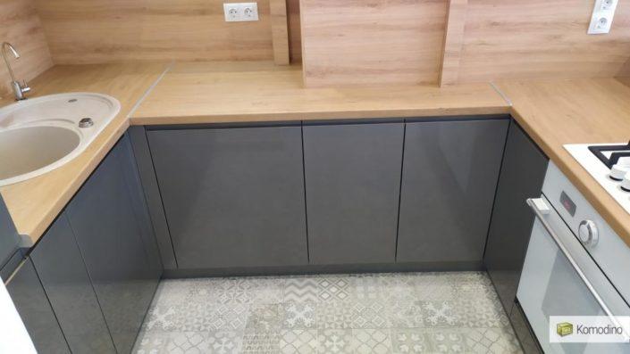 Кухня без ручок Львів